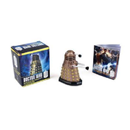 Doctor Who: Dalek Collectible Figurine and Illustrated Book (BOK)