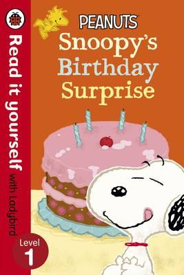 Peanuts: Snoopy's Birthday Surprise - Read it Yourself with (BOK)