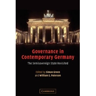 Governance in Contemporary Germany (BOK)