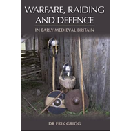 Produktbilde for Warfare, Raiding and Defence in Early Medieval Britain (BOK)