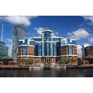 Salford Quays Through Time (BOK)