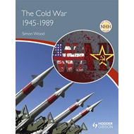 New Higher History: The Cold War, 1945-1989 (BOK)
