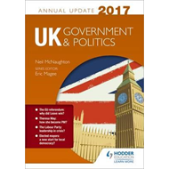 UK Government & Politics Annual Update 2017 (BOK)