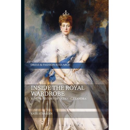 Inside the Royal Wardrobe (BOK)