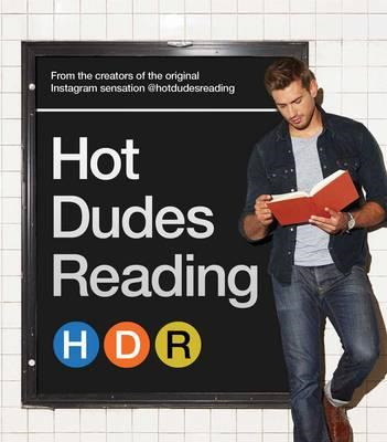 Hot Dudes Reading (BOK)