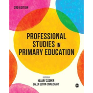 Professional Studies in Primary Education (BOK)
