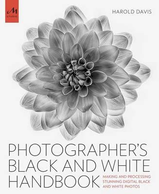 Photographer's Black And White Handbook (BOK)