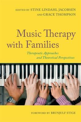Music Therapy with Families (BOK)