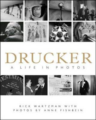Drucker: A Life in Pictures (BOK)