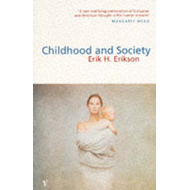 Childhood And Society (BOK)