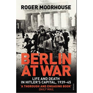 Berlin at War (BOK)