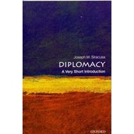 Diplomacy: A Very Short Introduction (BOK)