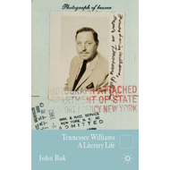 Tennessee Williams: A Literary Life (BOK)