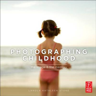 Photographing Childhood (BOK)