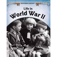 Life in World War II (BOK)