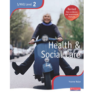 NVQ/SVQ Level 2 Health and Social Care Candidate Book, Revis (BOK)