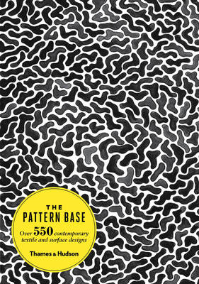 Pattern Base:Over 500 Contemporary Textile and Surface Desig (BOK)