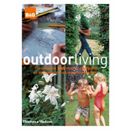 Outdoor Living: The Complete B&Q Step-by-step Guide to Designing and Enjoying Your Garden (BOK)