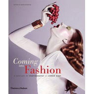 Coming into Fashion: A Century of Photography at Conde Nast (BOK)