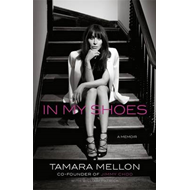 In My Shoes: A Memoir (BOK)