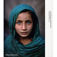 Steve McCurry: In the Shadow of Mountains (BOK)