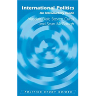 International Politics: An Introductory Guide (BOK)
