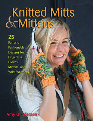 Knitted Mitts & Mittens (BOK)