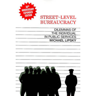 Street Level Bureaucracy: Dilemmas of the Individual in Public Service (BOK)