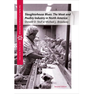 Slaughterhouse Blues: The Meat and Poultry Industry in North America (BOK)