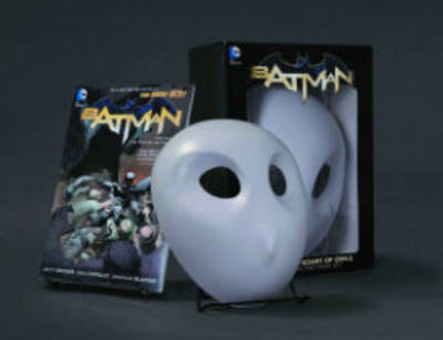 Batman: The Court of Owls Mask and Book Set (BOK)