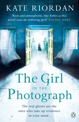 Girl in the Photograph (BOK)