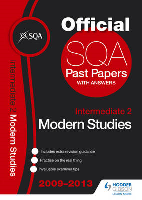 SQA Past Papers Intermediate 2 Modern Studies: 2013 (BOK)