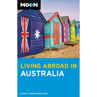 Moon Living Abroad in Australia (BOK)