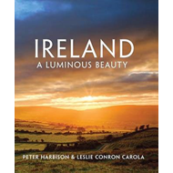 Ireland - A Luminous Beauty (BOK)