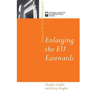 Enlarging the EU Eastwards (BOK)
