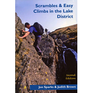 Scrambles & Easy Climbs in the Lake District (BOK)