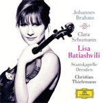 Lisa Batiashvili - Brahms: Violin Concerto, op.77 / Schumann: 3 Romances for Violin and Piano, op.22 (CD)